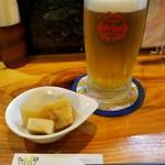 ふくろう亭 - お通しとオリオン生ビール