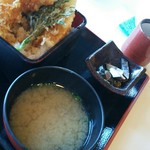 86627387 - 小鉢は〆鯖の和え物