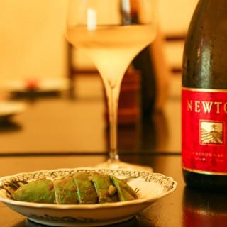おでんとのマリアージュを楽しむワインは、ソムリエがセレクト◇