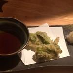 魚魚や 一八 - こごみの天ぷら