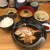 ありた - 料理写真:A定食(連子鯛の煮魚とかんぱちの刺身)