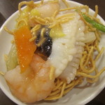 中華レストラン プリンセス - 海鮮かたやきそば・取分け