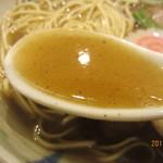 86647637 - 魚系スープ