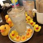 Pamplemousse - 自家製はちみつレモンソーダ500円(税別)