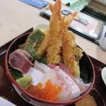 稚加榮 - 【海鮮天丼】刺身と天ぷらの面白い組み合わせ♪
