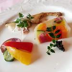 86649831 - 真鯛と季節野菜のテリーヌ 梅風味のフレンチドレッシング キャビアを添えて