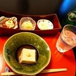 86652745 - 胡麻豆腐と3種の味付けで楽しむ湯葉
