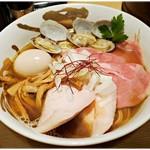 麺屋 我龍 - 特製江戸前中華そば 900円 派手派手ですがベース部分からしてしっかり美味しいのです。