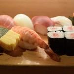 スシダイニング ほしの - 料理写真:握りセット(並)900円