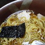 橋本食堂 - 料理写真:鍋焼きラーメン