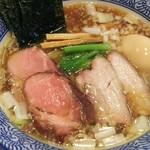 麺処ほん田 - 手揉み醤油特製970円