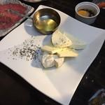 焼肉バル KAKI - チーズ焼き
