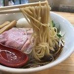 くろ松 - (松) 特級中華そば 醤油  麺ヤバウマです。