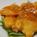 Hu-Long - ④海老チリソース             辛く甘いチリソース、日本人向けですね。