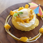 3 STARS PANCAKE - マンゴーとココナッツの常夏パンケーキ