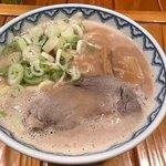 とんぴととりの光龍益 - ラーメン(塩煮豚) @800-