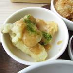 chano-ma - サーモンとエリンギの天ぷら 胡麻味噌だれ