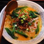 上海酒家 軼菁飯店 - 担々麺
