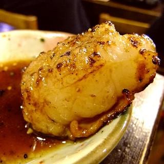 肉のプロが選ぶ、高い鮮度と上質なホルモンをお楽しみください
