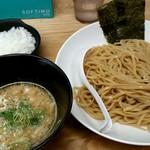 濃厚 鶏白湯らーめん シダレ - 鶏つけ麺(醤油)820円!