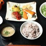 豆量り売り和ダイニング MAMESANO - 料理写真:
