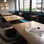 食堂カフェ potto - 二階テーブル席