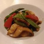 欣喜 - 小海老と白神アワビ茸の醤油味炒め