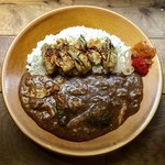 【CURRY SHOP】円山教授。 - 牡蠣と挽肉カレー、1280円です。