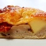 パンドール - ドライトマトとチーズのチャバタ