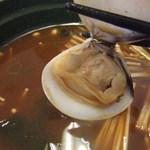 スシロー - 蛤の赤だし(180円)