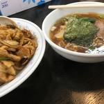 南京亭 - Bセット1000円税込