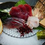 サカノミサキ - 料理写真:刺身3種盛