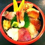 入船 - 海鮮丼 980円