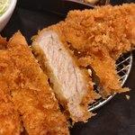 とんかつ 豚ゴリラ - 料理写真:●錦雲豚かつ膳 1960円税込 アップ
