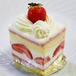 ラ・ヴィエイユ・フランス - 料理写真:ショートケーキ520円