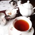 澤井珈琲 - ドリンク写真:3杯飲める紅茶