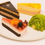 プテカッフェ - 季節のケーキ各種
