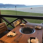 オクマ プライベートビーチ & リゾート - 海辺の客席