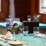 レストラン ラ・フォンテーヌ - 内観写真