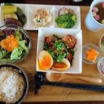 cafe くろねこ舎 - 料理写真:Weekly ミート&ベジタブルセット