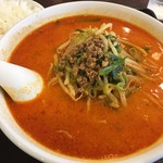 独一処餃子 - 料理写真:「担々麺」660円也+税。と「小ライス」150円也+税。