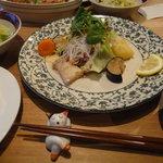 Hiraganakan - 魚のムニエル 和風キノコソース