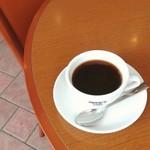 86736770 - デミコーヒー。