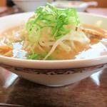 86737906 - ラーメン(醤油豚骨味)