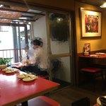 餃子屋 弐ノ弐  - 古民家なだけにベランダがあります