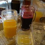 パスタ&ピッツァ デルパパ - ガラスの容器で見た目も美しい、美味しさ倍増
