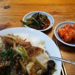 韓国村 - プルコギ丼
