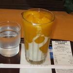 エクセルシオール カフェ - ドリンク写真:プレミアムフローズン マンゴーパッション&ヨーグルト(S) 380円