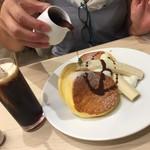 幸せのパンケーキ 船橋店 - バナナパンケーキチョコかけ(^∇^)
