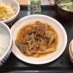 なか卯 - 牛皿定食 650円。
